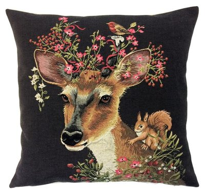 DEER AND SQUIRREL European Belgian Tapestry Throw Pillow Cases - Decorative Pillow Covers - Zippered Throw Pillow Case - Forest Animals Cushion Covers - Stag Home Decor Gift - Fun Forest Animals Lovers Cushion Covers Decor - Stags Lovers Belgium Tapestry Throw Pillowcases - Rustic Decor Gifts - Fun Forest Animal Cushion Covers - Mountain House Decor