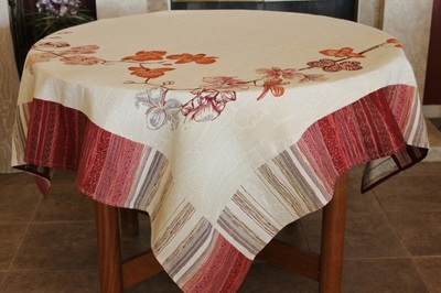 Provence Décor offers this high quality luxury collection of French Jacquard Woven Tapestry Tablecloths. They are made with 80% high quality cotton and 20% polyester to prevent wrinkle and stains. These Traditional French patterns are unique and look fabulous on every table.