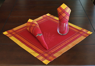 LAVENDER RED French Provence Jacquard Woven Cotton Napkins Set - Table Decor - French Home Decor