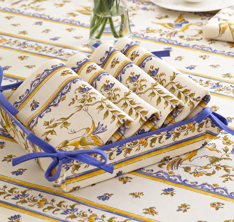 MOUSTIER BLUE French Decorative Napkin Set - High Quality Absorbent Soft Printed Cotton - French Country Design - Spring Summer Flowers Table Home Decor Gifts